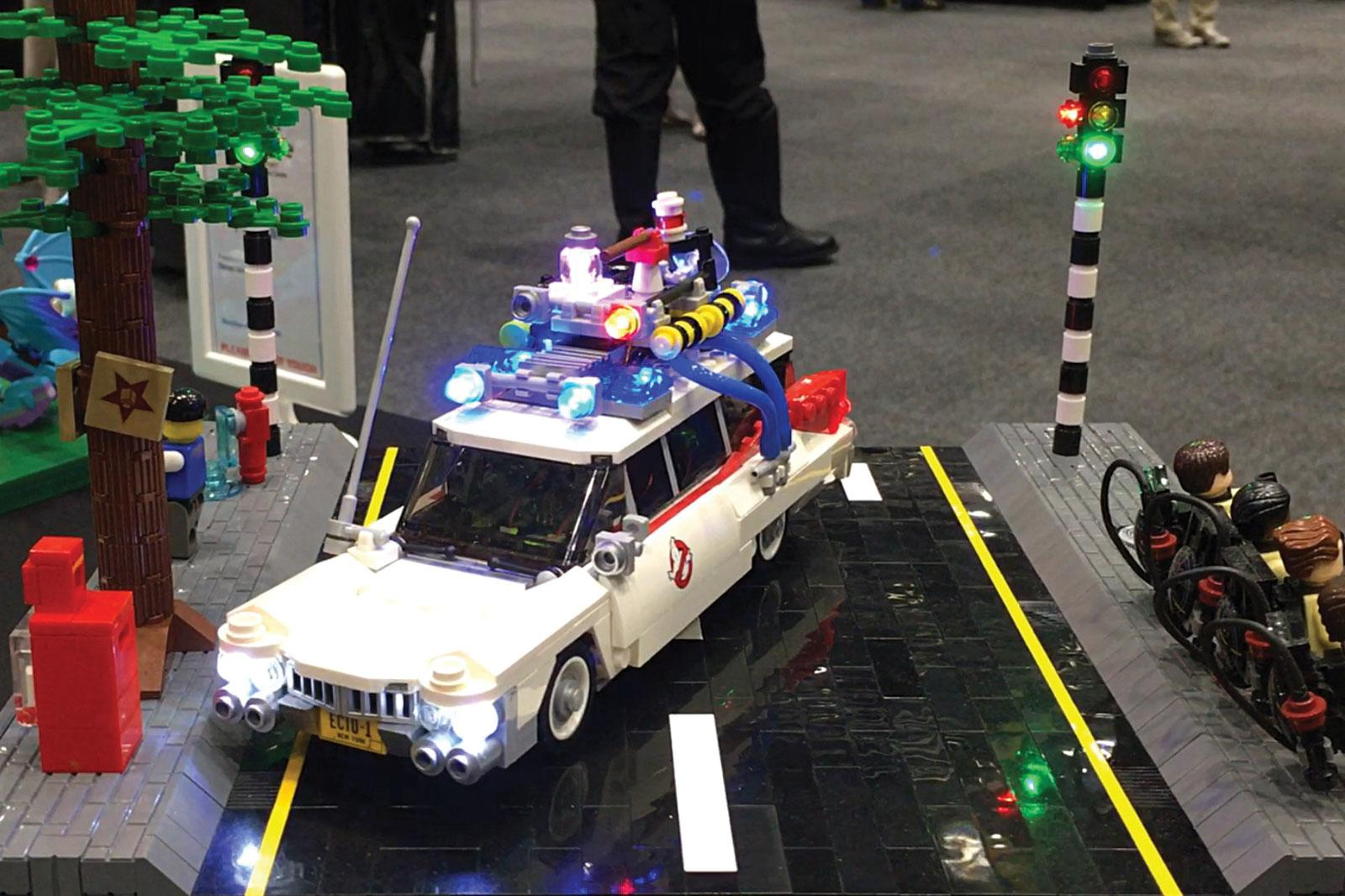 Dawid's Ecto at Brickalaide 2017. 3 x PIC12F675s driving 44 LEDs in the Ecto traffic light combined. Watch the video on facebook: @UCSInnovation.